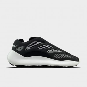 Кроссовки Adidas Yeezy Boost 700 V3 Black and White