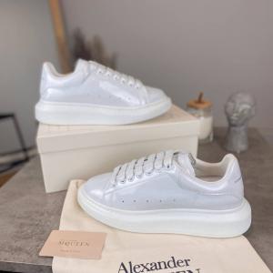 Кроссовки Alexandr McQueen White Galaxy