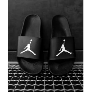 Тапки Jordan Black
