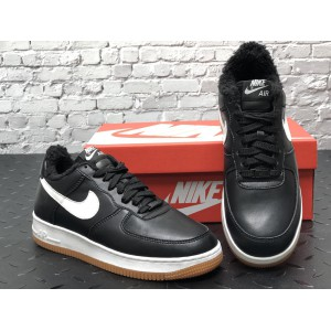 Низкие зимние кроссовки Nike Air Force (кожа three)