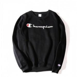 """Свитшот Champion """"Logo"""""""